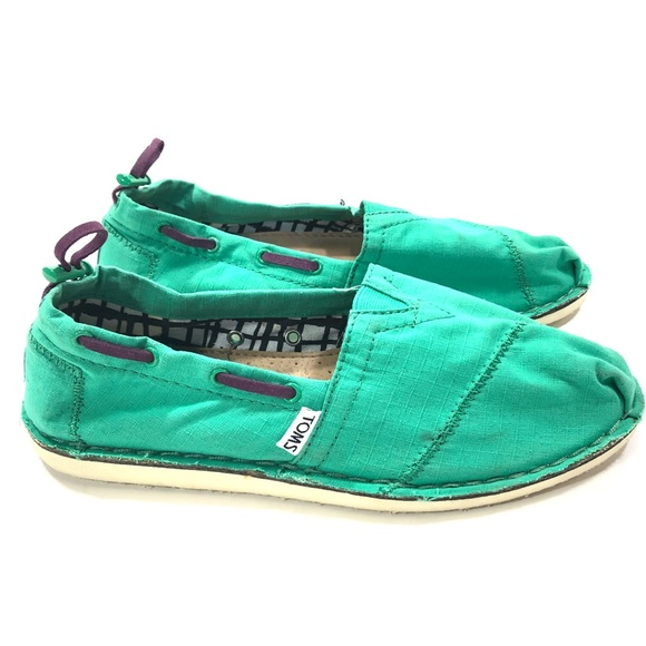 da9adb464c9 Toms Green Nautical Bimini Slip On Flats Toggle. M 5b02235a3800c523e94425f6
